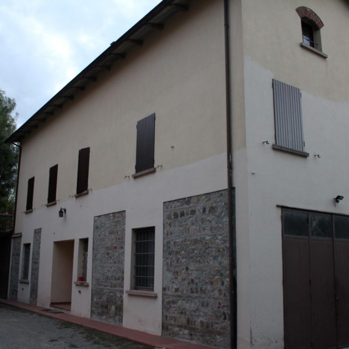 manutenzione_infissi_in_legno_modena_reggio_emilia_bologna_taglio_legno_16 (Medium)